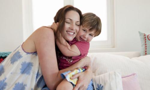 Воспитание ребенка мамой